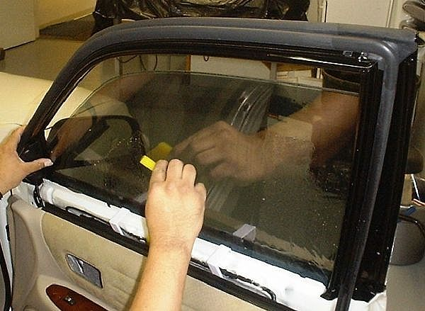 Тонировка передних стёкол своими руками